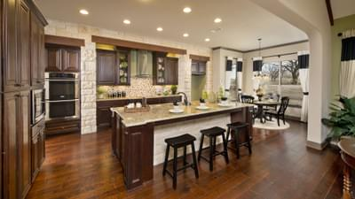 Texas Custom Home Kitchen Island Photos