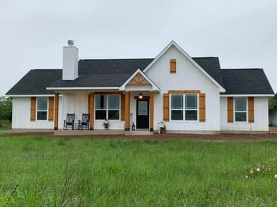 Elevation C – The Harrisburg | Customer Home in Milam County - May Contain Upgrades and Plan Changes Tilson Custom Home Photo