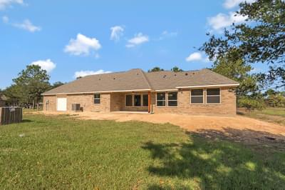Elevation A – The Angelina | Customer Home in Brazoria County – May Contain Plan Changes and Upgrades Tilson Custom Home Photo