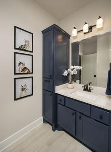 Jack and Jill Bathroom - Canyon Model in Bryan Tilson Custom Home Photo