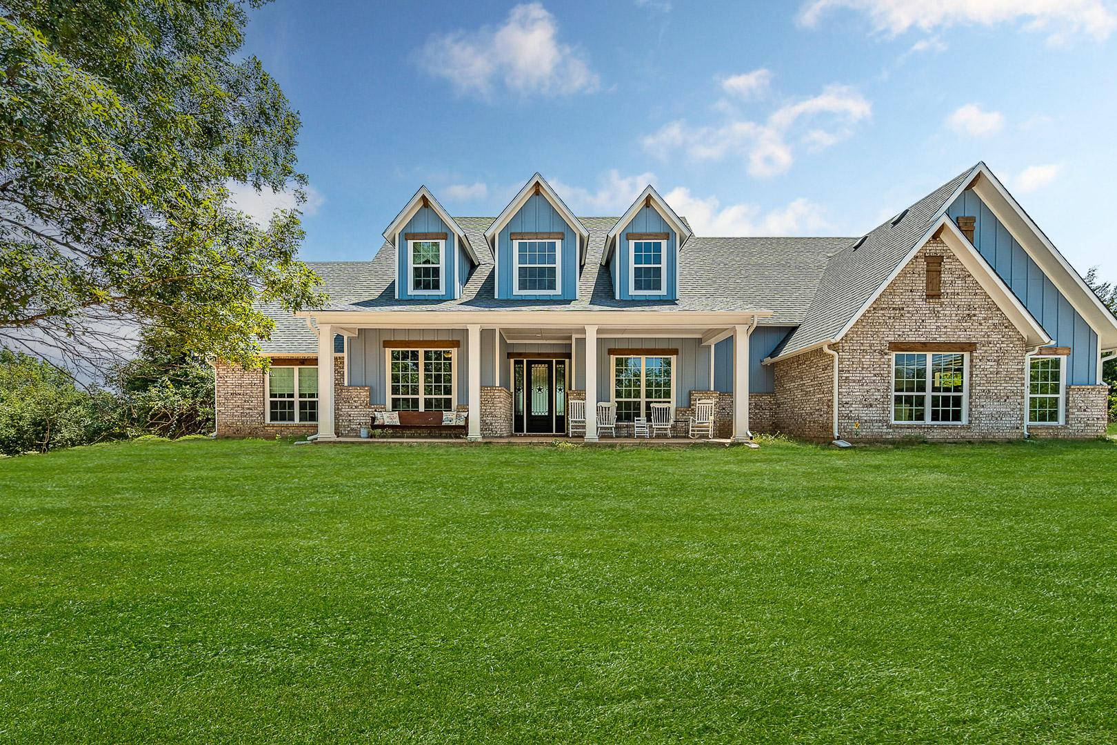 A Custom On Your Land Home in Tarrant County - The Breckenridge